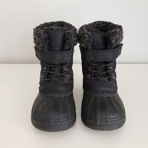 Size 9 Joe Fresh Winter Snow Boots